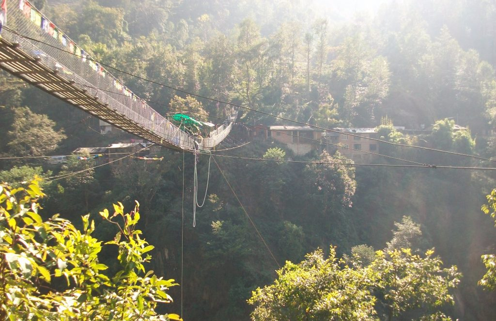 Bungee jumping in nepal (1)