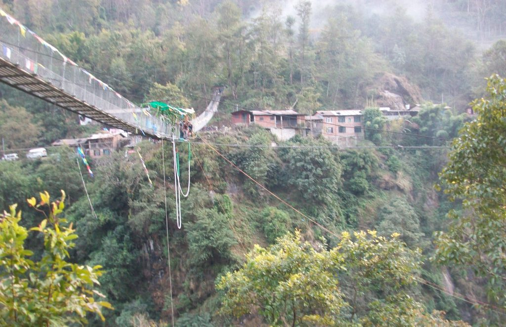 Bungee jumping in nepal (15)