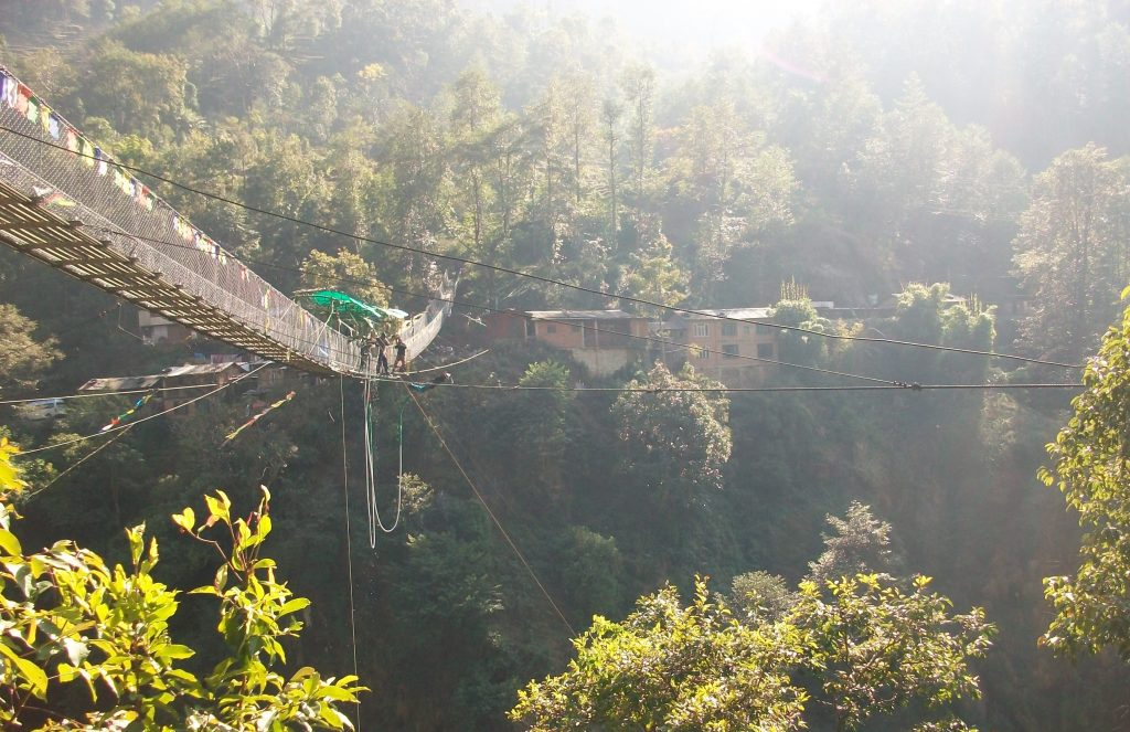 Bungee jumping in nepal (4)