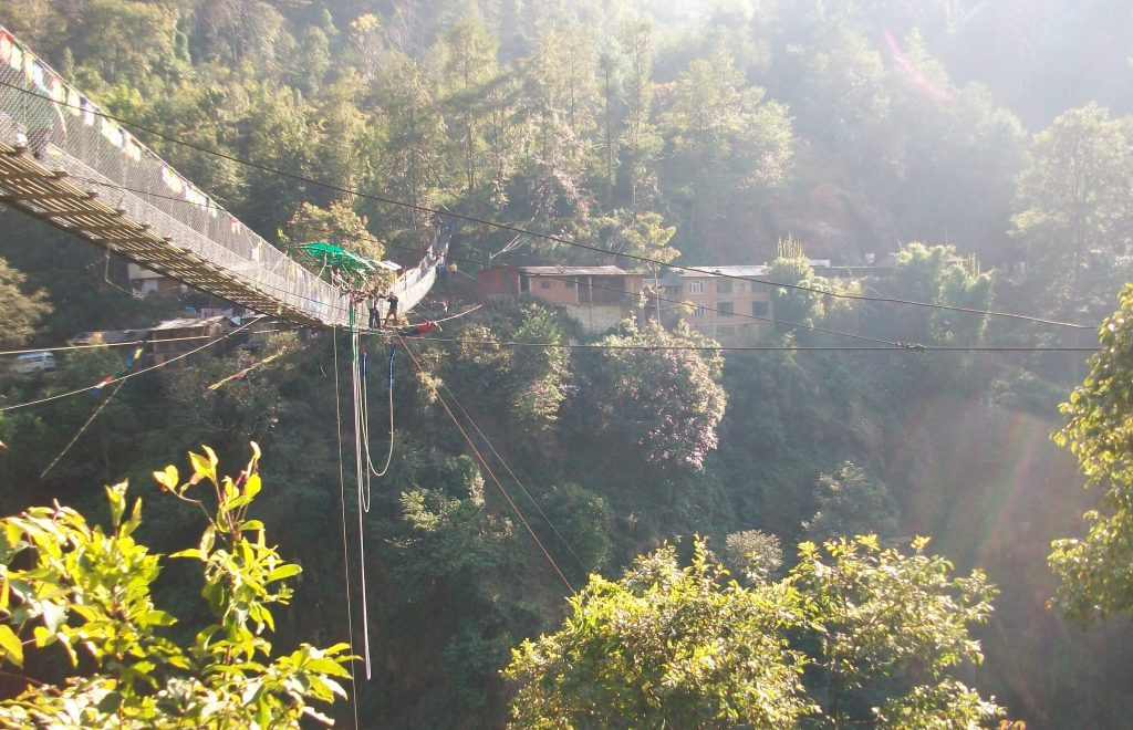 Bungee jumping in nepal (9)
