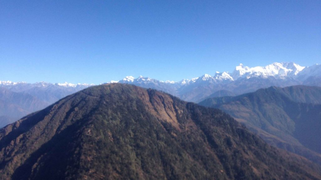 Kanchanjangha base camp helicopter tour 9