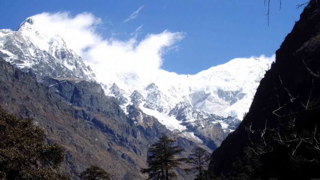 Langtang helicopter tour 4