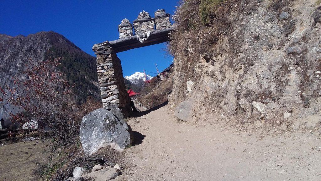 Manaslu trek combined tsum valley trek 4