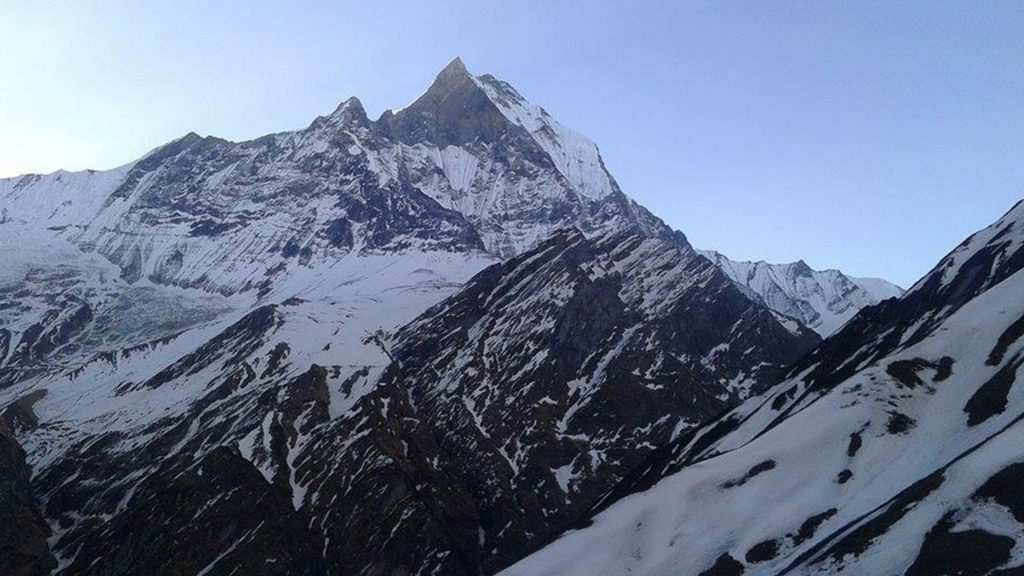 Mount annapurna base camp helicopter tour 2