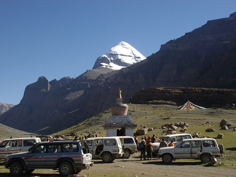 Mt kailash yatra by helicopter 5