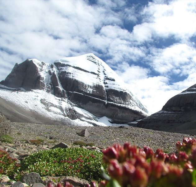 Mt kailash yatra by helicopter 6