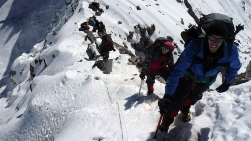 Naya kanga peak climbing 10