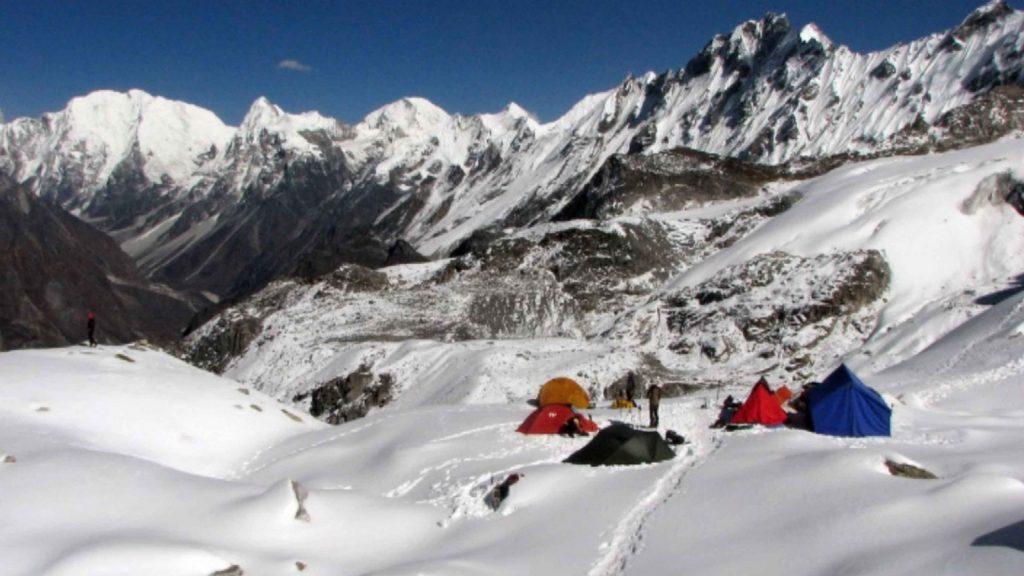 Naya kanga peak climbing 11