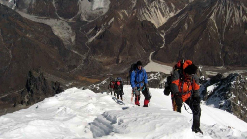 Naya kanga peak climbing 16
