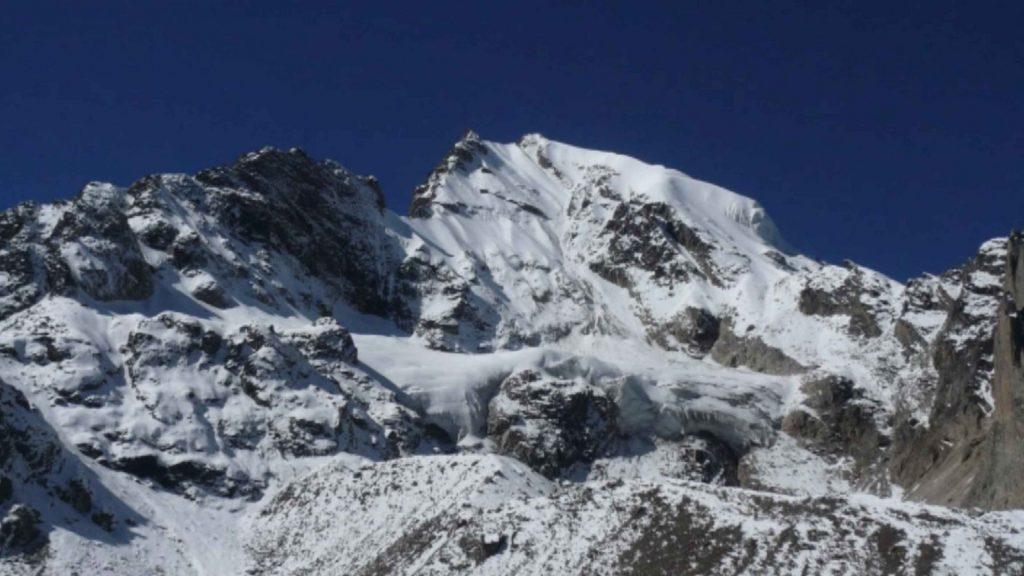 Naya kanga peak climbing 20