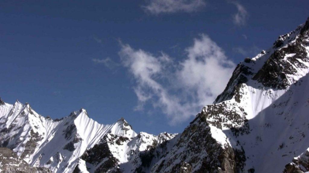 Naya kanga peak climbing 6