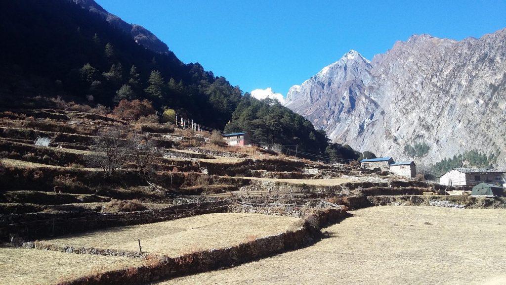 Tsum valley trekking 14