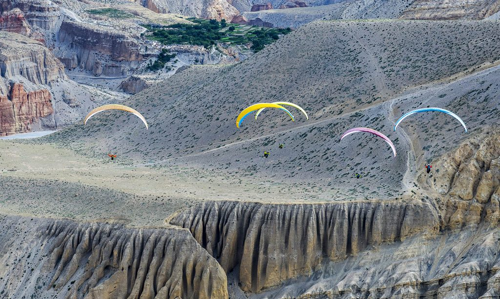 Paragliding (1)