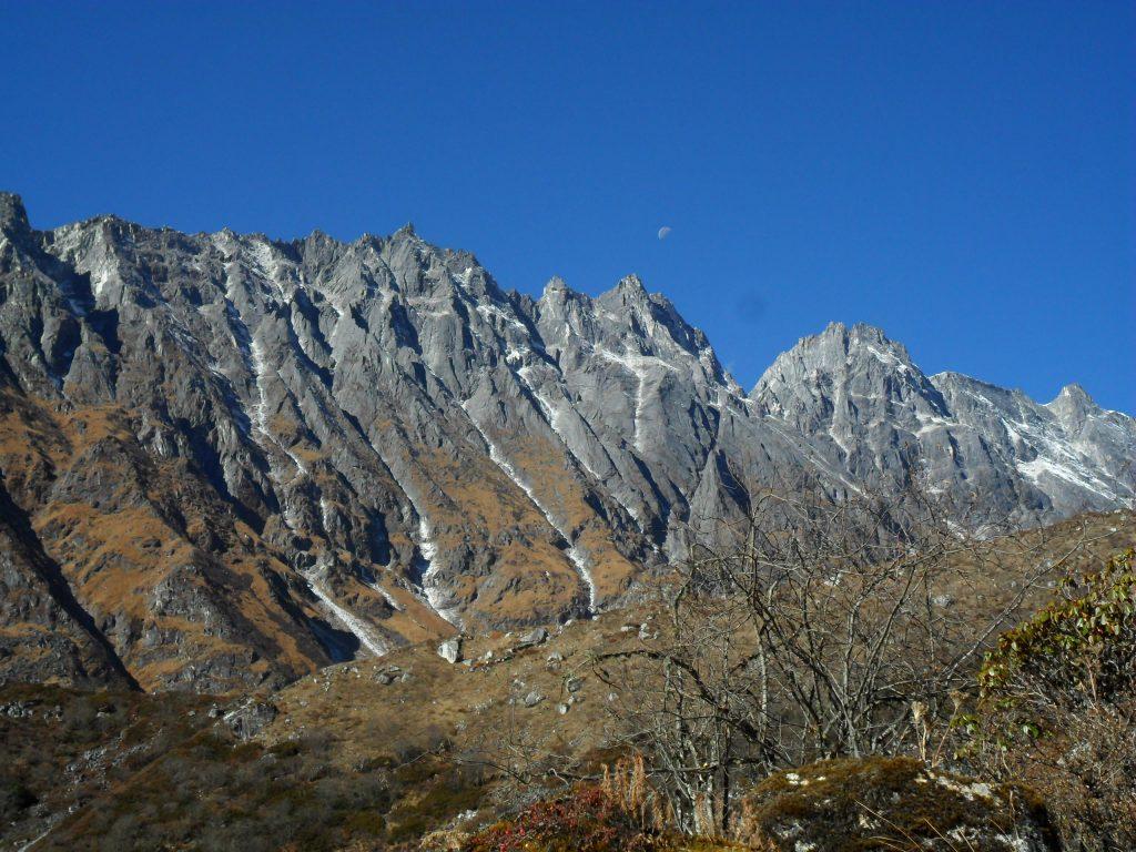 Larke peak (151)
