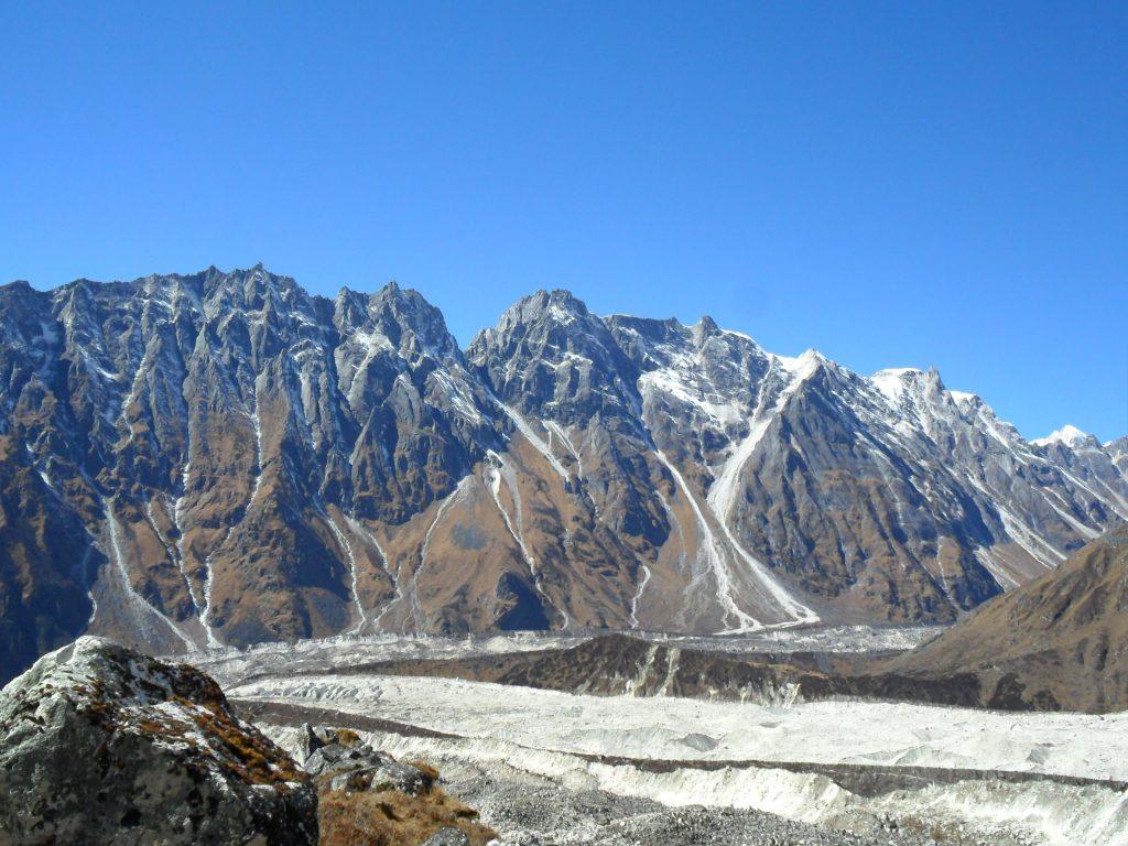 Larke peak (165)