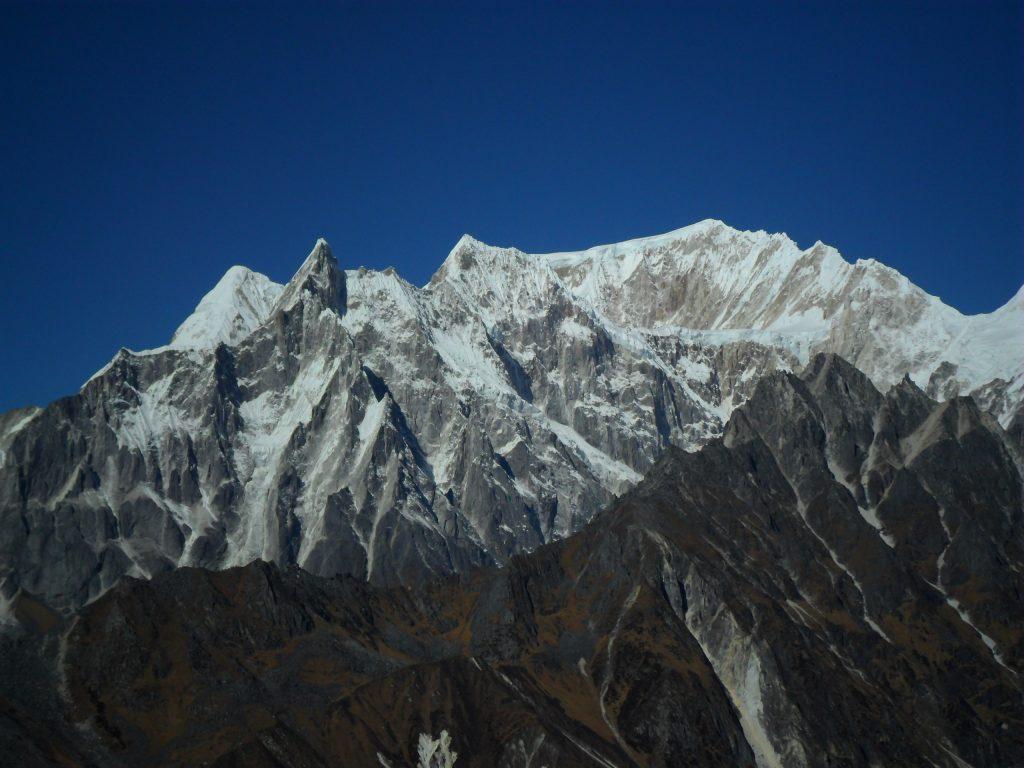 Larke peak (180)