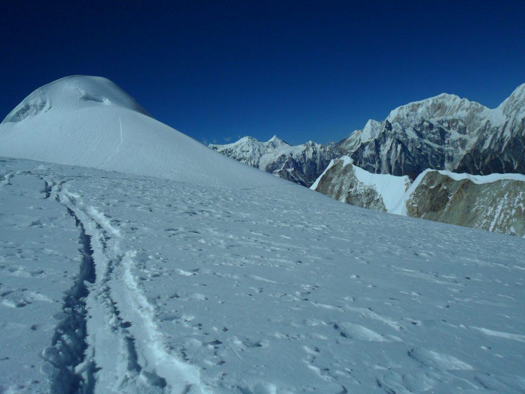 Larke peak (199)