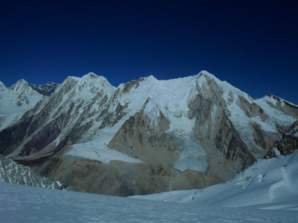 Larke peak (200)