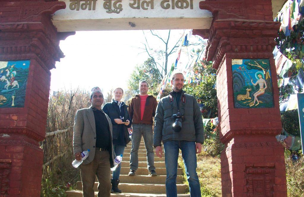 Namo buddha hiking (2)