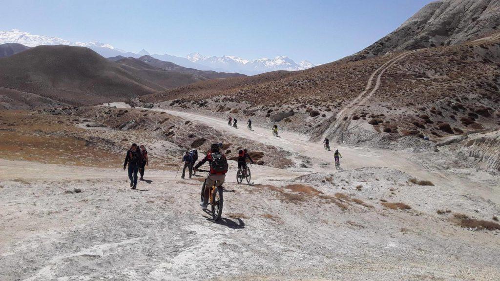 Upper mustang trek in drive out (11)