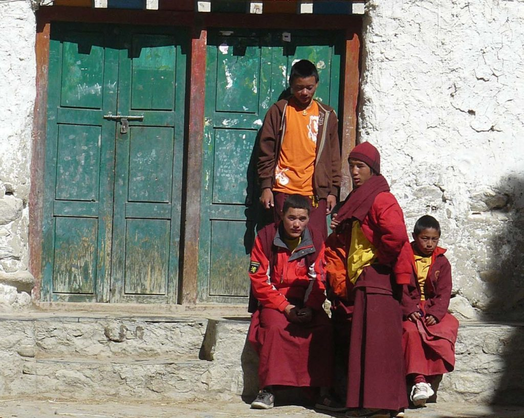 Upper mustang trek in helicopter fly out (20)