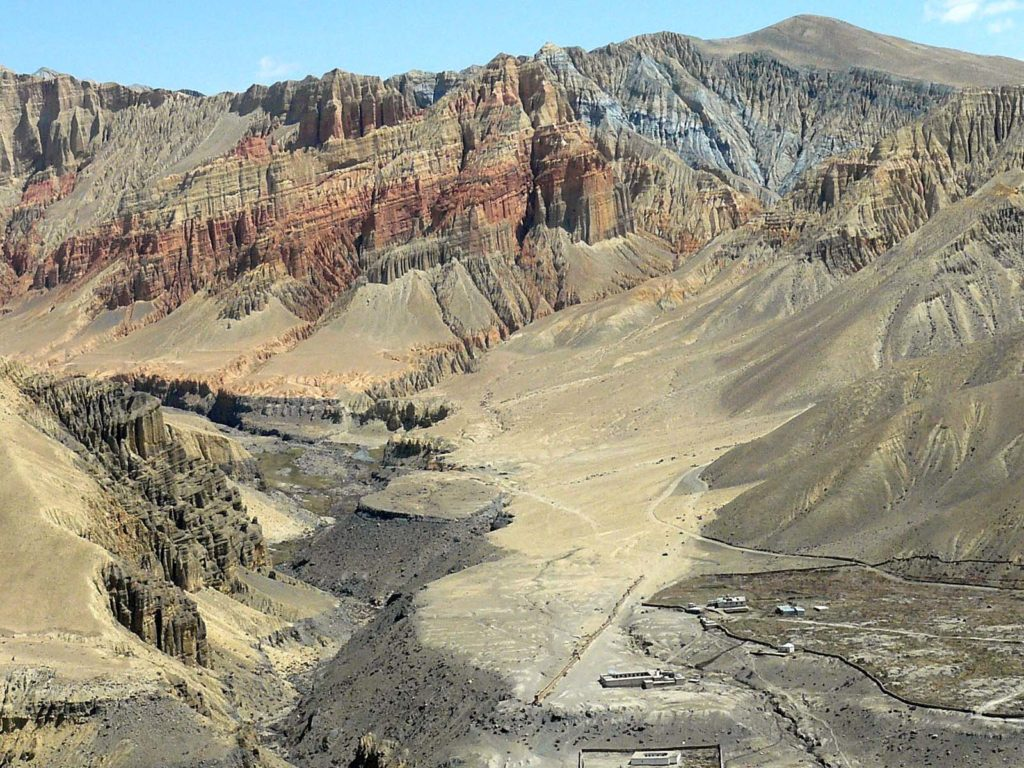 Upper mustang trek in helicopter fly out (6)